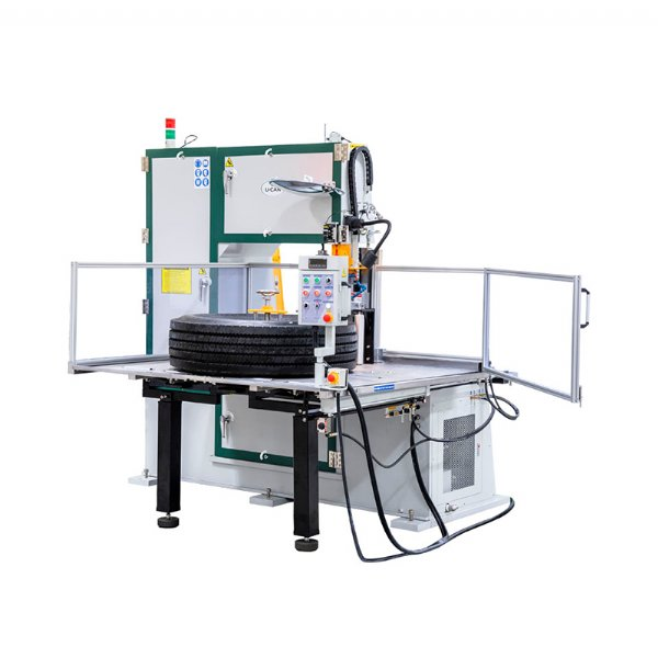 Tyre Section Cutting Machine
